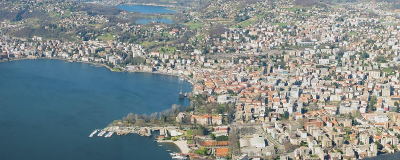 Foto: Blick vom Monte Brè auf Lugano .